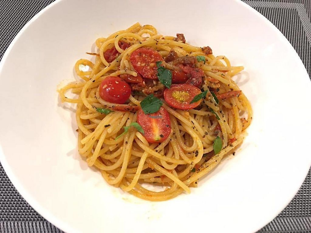 "Photo of Su Xi Cafe  by <a href=""/members/profile/community"">community</a> <br/>tomato and basil pasta  <br/> November 18, 2016  - <a href='/contact/abuse/image/82504/191661'>Report</a>"