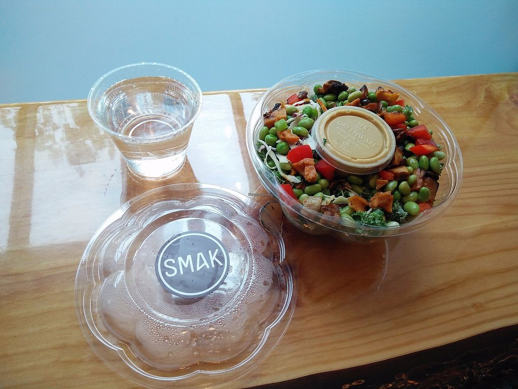 """Photo of SMAK - Granville St  by <a href=""""/members/profile/martinicontomate"""">martinicontomate</a> <br/>huge and tasty salad <br/> September 9, 2017  - <a href='/contact/abuse/image/82525/302568'>Report</a>"""