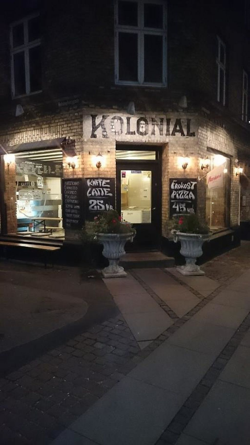 "Photo of Kolonial 2100 Pizzeria  by <a href=""/members/profile/community4"">community4</a> <br/>Kolonial 2100 Pizzeria