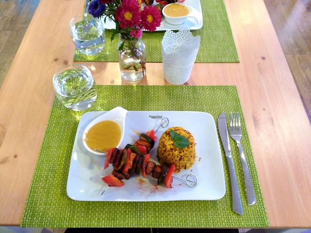 """Photo of AVeganTisch  by <a href=""""/members/profile/info%40avegantisch.de"""">info@avegantisch.de</a> <br/>Almond tofu skewers with three quinoa and peanut butter sauce <br/> November 12, 2016  - <a href='/contact/abuse/image/82593/188924'>Report</a>"""