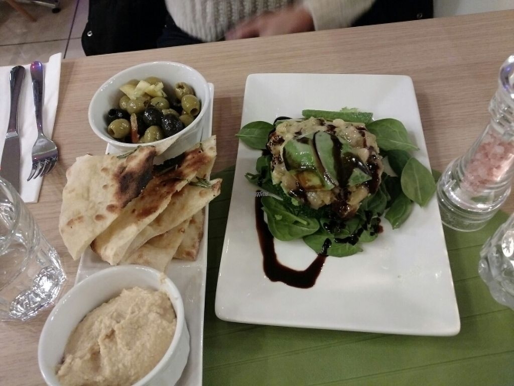 "Photo of Vegan Express  by <a href=""/members/profile/barbicanben"">barbicanben</a> <br/>Smoked aubergine and avocado, plus hummous pitta and olives <br/> January 31, 2017  - <a href='/contact/abuse/image/82619/220369'>Report</a>"