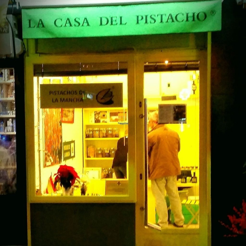 """Photo of La Casa del Pistacho  by <a href=""""/members/profile/MMCM"""">MMCM</a> <br/>Shop entrance from Calle Potosi <br/> December 10, 2016  - <a href='/contact/abuse/image/82695/198884'>Report</a>"""