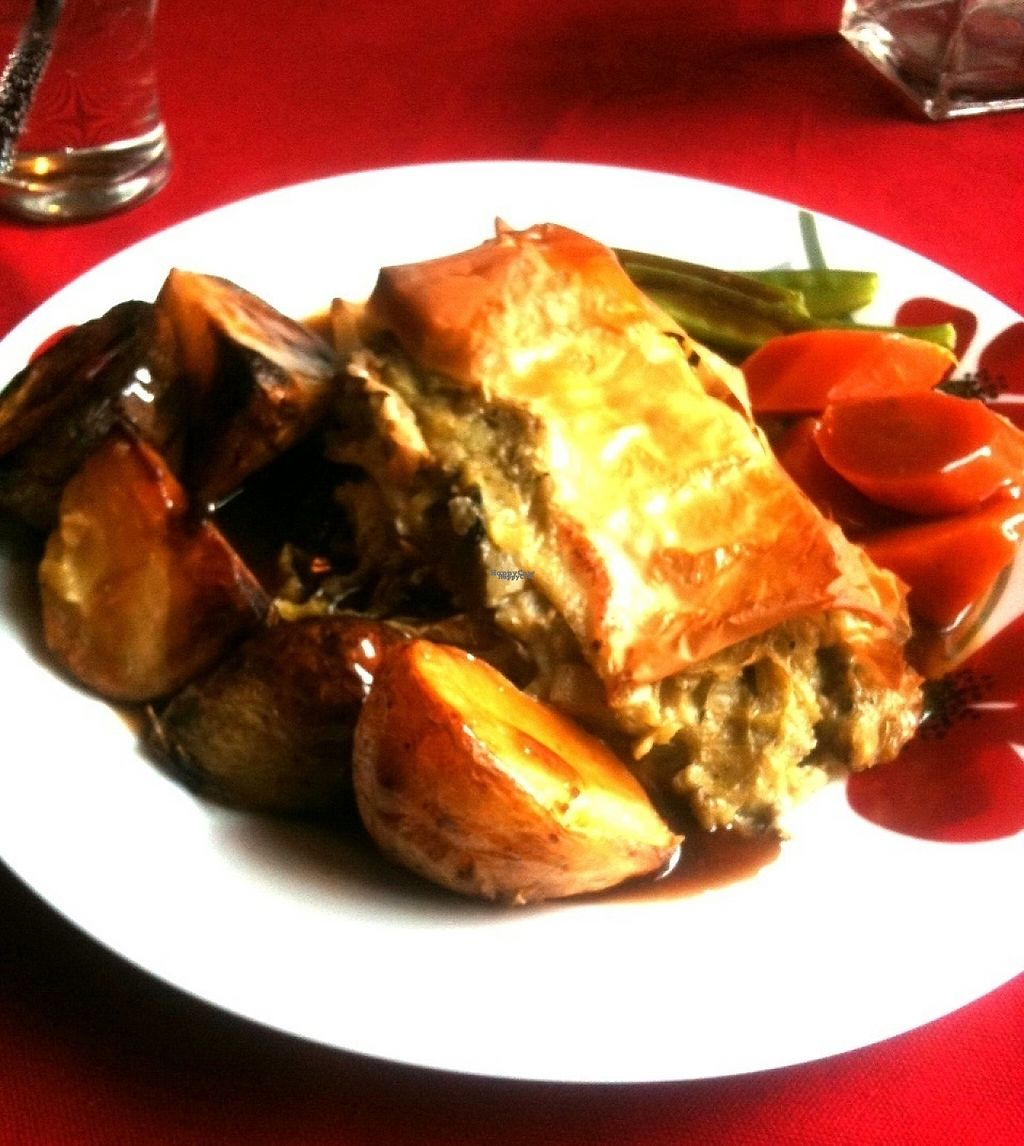 """Photo of Vegan Food Pimp - Pop-up  by <a href=""""/members/profile/MorrigansVegan"""">MorrigansVegan</a> <br/>Sunday Roast, cheesy leek and mushroom parcel with Carrot, mangtout and roat potato <br/> January 24, 2017  - <a href='/contact/abuse/image/82726/216169'>Report</a>"""