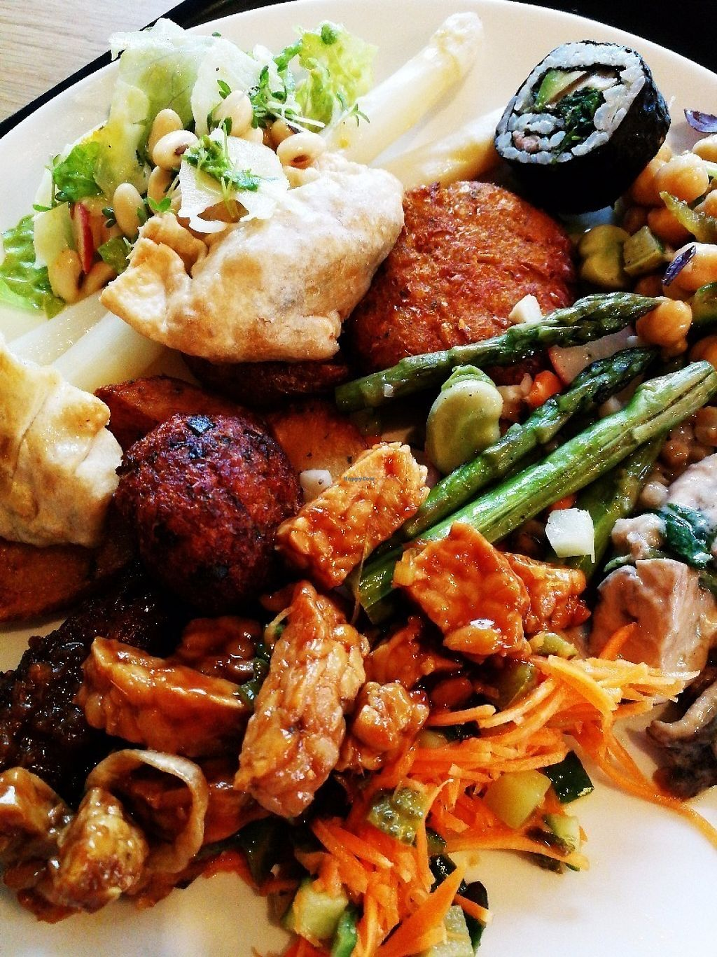 """Photo of Spirit  by <a href=""""/members/profile/Gudrun"""">Gudrun</a> <br/>This is how the plate of a person who can't decide looks like. Too many good vegan options! <br/> May 18, 2017  - <a href='/contact/abuse/image/82798/259989'>Report</a>"""