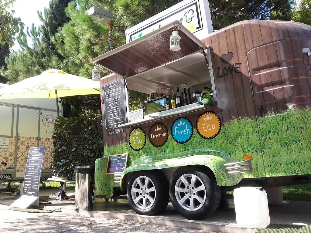 "Photo of Veggie Lovers Truck  by <a href=""/members/profile/In%C3%AAsMagalh%C3%A3es"">InêsMagalhães</a> <br/>Veggie Lovers Truck  <br/> November 15, 2016  - <a href='/contact/abuse/image/82801/190355'>Report</a>"