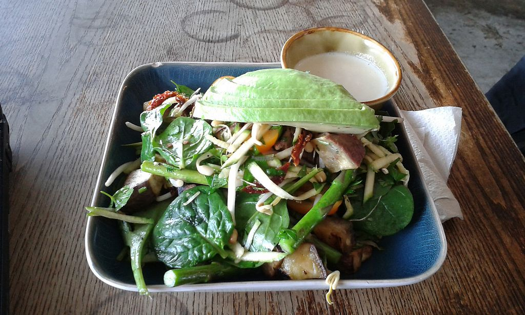 "Photo of Grindz Cafe  by <a href=""/members/profile/citizenInsane"">citizenInsane</a> <br/>Grindz Cafe, a vegan salad made just for me <br/> November 19, 2016  - <a href='/contact/abuse/image/82844/191971'>Report</a>"