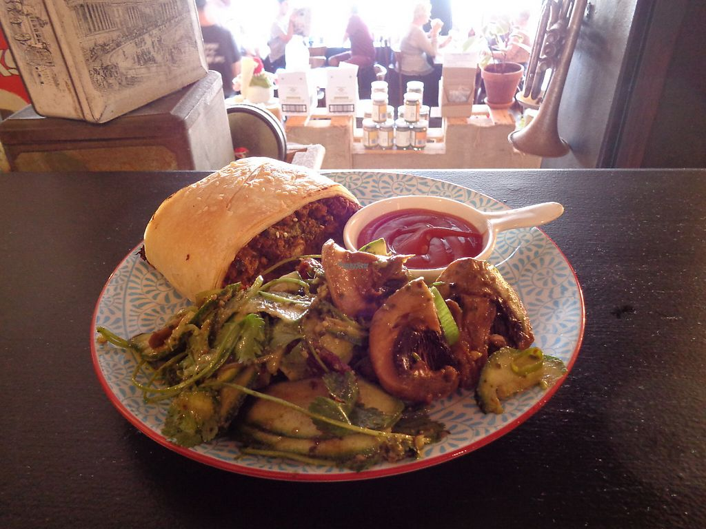"Photo of Grindz Cafe  by <a href=""/members/profile/citizenInsane"">citizenInsane</a> <br/>vegan ""meat"" roll and marinated mushroom salad <br/> December 21, 2016  - <a href='/contact/abuse/image/82844/203386'>Report</a>"