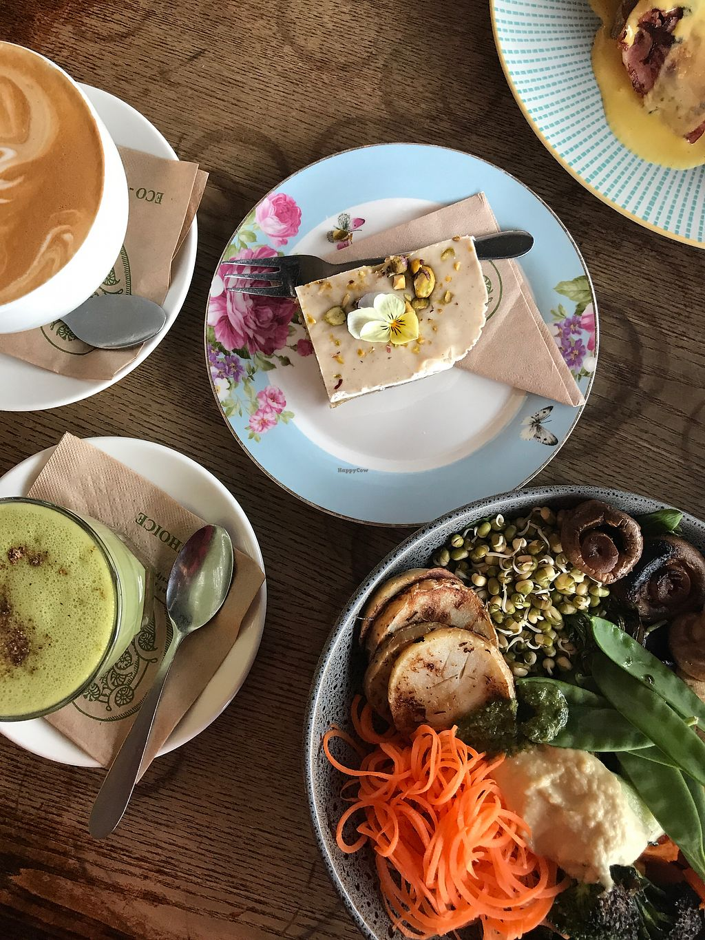 "Photo of Grindz Cafe  by <a href=""/members/profile/Binks"">Binks</a> <br/>Vegan raw slice, Buddha bowl and matcha coconut milk latte <br/> August 31, 2017  - <a href='/contact/abuse/image/82844/299305'>Report</a>"
