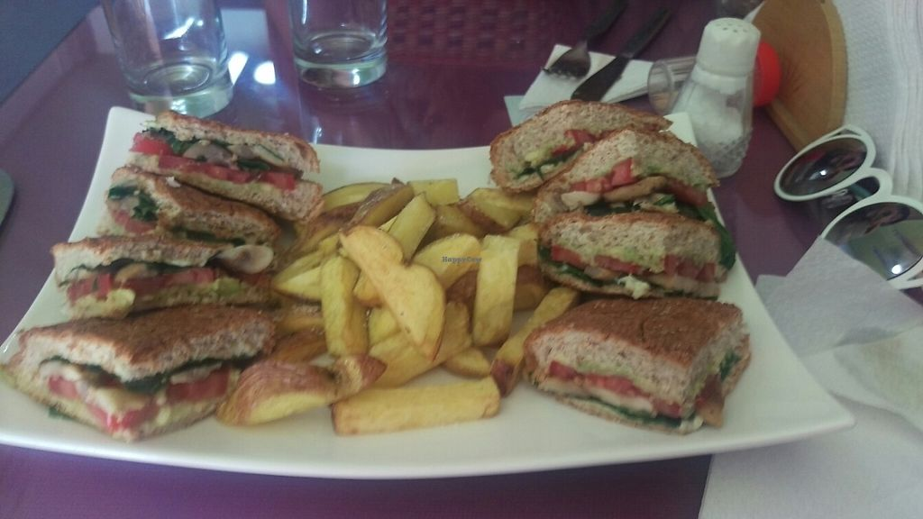 """Photo of CLOSED: El Champignon Restaurant Vegetariano-Vegano  by <a href=""""/members/profile/dustydope"""">dustydope</a> <br/>club sandwich <br/> May 13, 2017  - <a href='/contact/abuse/image/82872/258490'>Report</a>"""