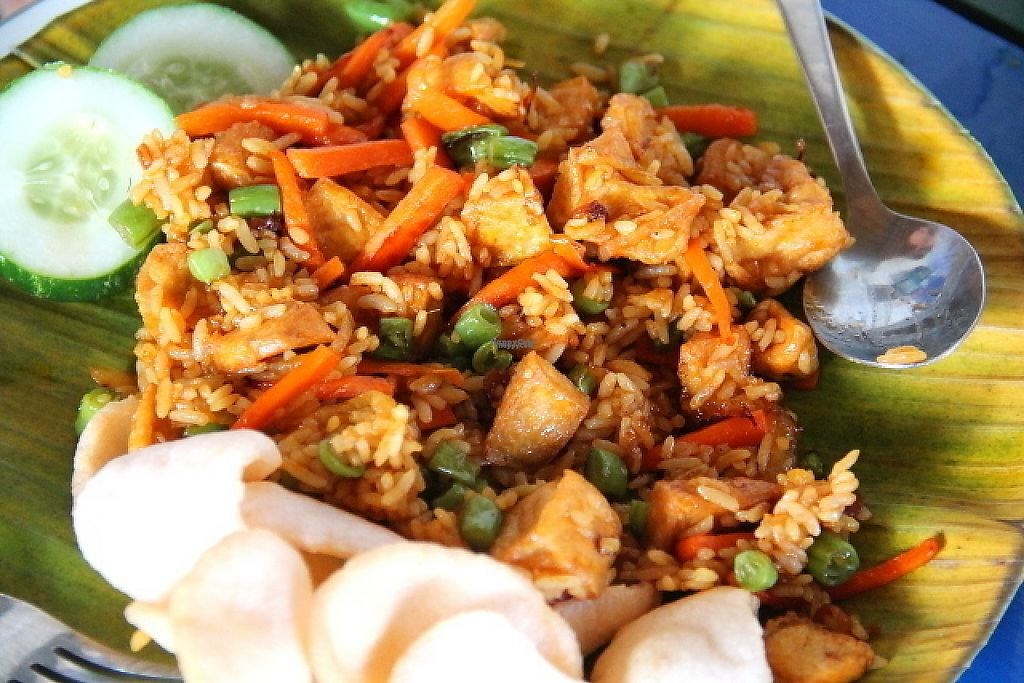 """Photo of Bale Sampan  by <a href=""""/members/profile/reissausta%20ja%20ruokaa"""">reissausta ja ruokaa</a> <br/>Nasi goreng is fried noodles. Here with tofu. Ask it without egg and krupuk (those pinkish crackers that you can see in this photo, they are not vegetarian, they contain shrimp).  <br/> November 23, 2016  - <a href='/contact/abuse/image/82873/193562'>Report</a>"""