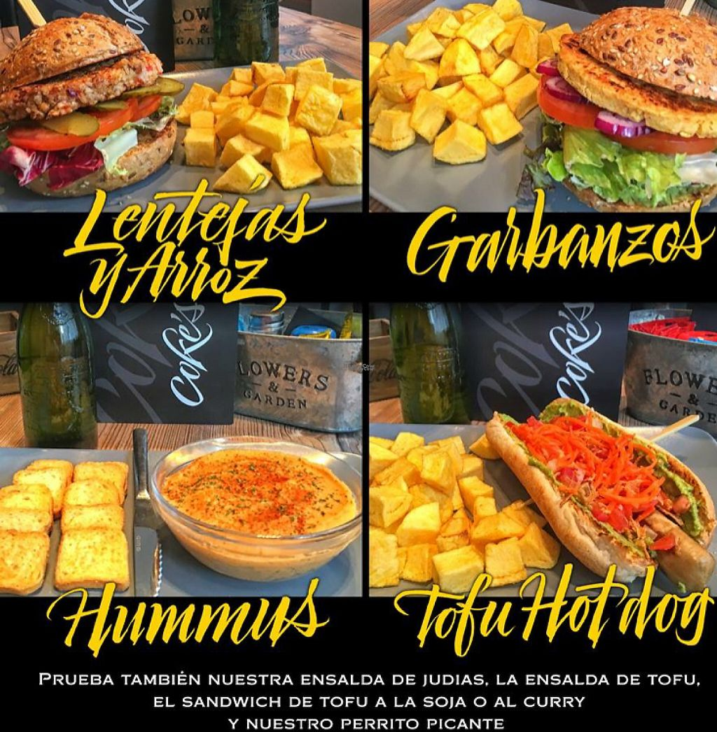 "Photo of Coke's Burger  by <a href=""/members/profile/Kukiaries"">Kukiaries</a> <br/>Ejemplos de la carta <br/> November 17, 2016  - <a href='/contact/abuse/image/82888/191471'>Report</a>"