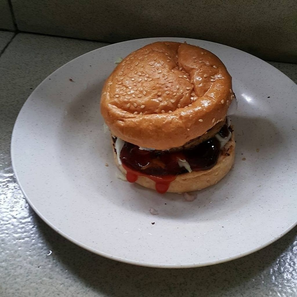 """Photo of Veer's Veg Street Burger  by <a href=""""/members/profile/AndyT"""">AndyT</a> <br/>Vegan burger (no cheese) <br/> November 28, 2016  - <a href='/contact/abuse/image/82893/195403'>Report</a>"""