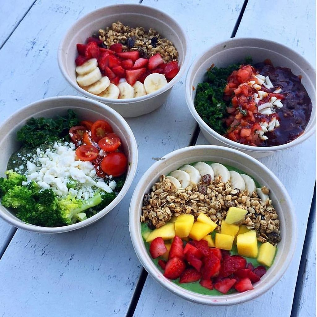 """Photo of freshii  by <a href=""""/members/profile/community"""">community</a> <br/>breakfast bowls  <br/> December 3, 2016  - <a href='/contact/abuse/image/82964/196822'>Report</a>"""