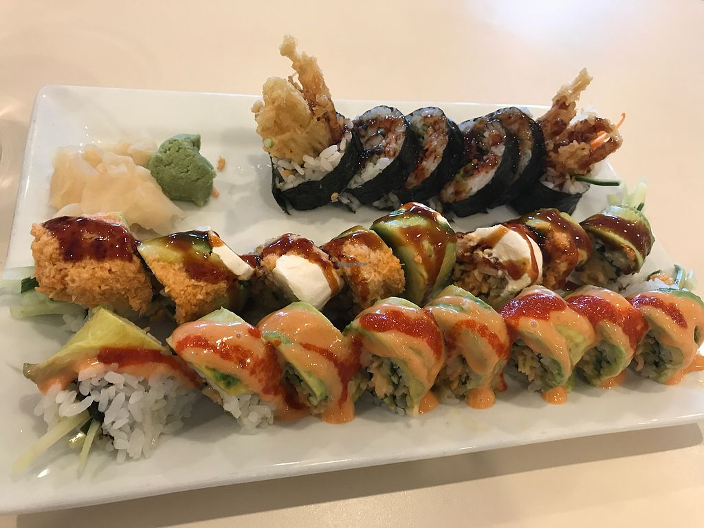 """Photo of VeGreen  by <a href=""""/members/profile/TheTree"""">TheTree</a> <br/>top - spider roll (my favorite), center - Summer Love (my second fav). bottom - green river <br/> August 20, 2017  - <a href='/contact/abuse/image/82970/294576'>Report</a>"""