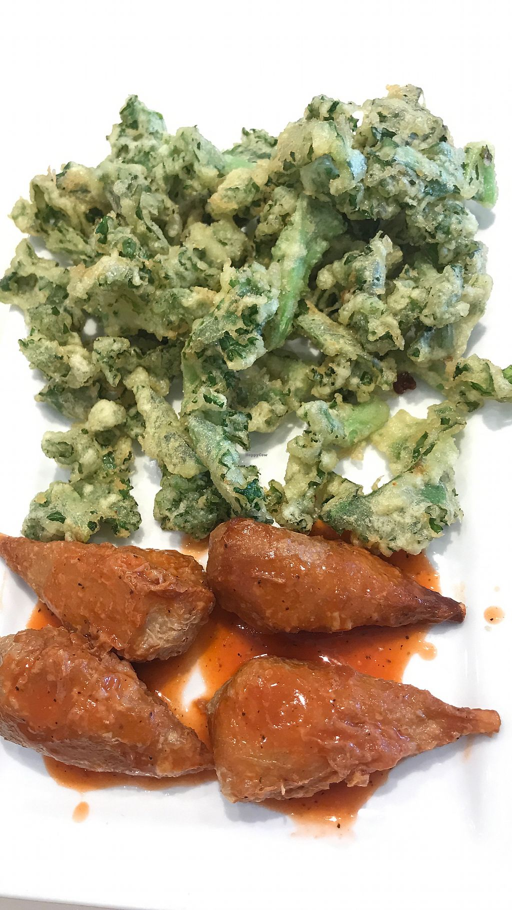 """Photo of VeGreen  by <a href=""""/members/profile/melissapedroso"""">melissapedroso</a> <br/>Buffalo wings <br/> October 30, 2017  - <a href='/contact/abuse/image/82970/320190'>Report</a>"""