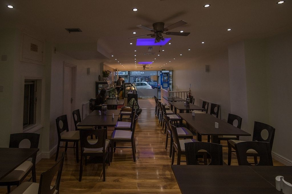 "Photo of HealthyWealthy  by <a href=""/members/profile/HealthyWealthy"">HealthyWealthy</a> <br/>A very open, bright and relaxing atmosphere that enables you to relish your meal at its most <br/> December 14, 2016  - <a href='/contact/abuse/image/82987/200969'>Report</a>"