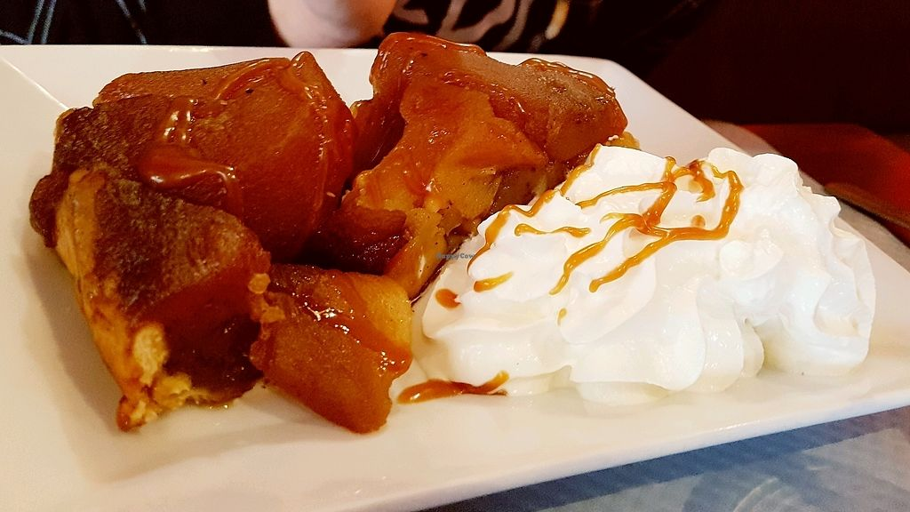 """Photo of L'Apollinaire  by <a href=""""/members/profile/CeciliaF"""">CeciliaF</a> <br/>Vegan Tarte Tatin (traditional apple pie) <br/> March 29, 2018  - <a href='/contact/abuse/image/83063/377929'>Report</a>"""