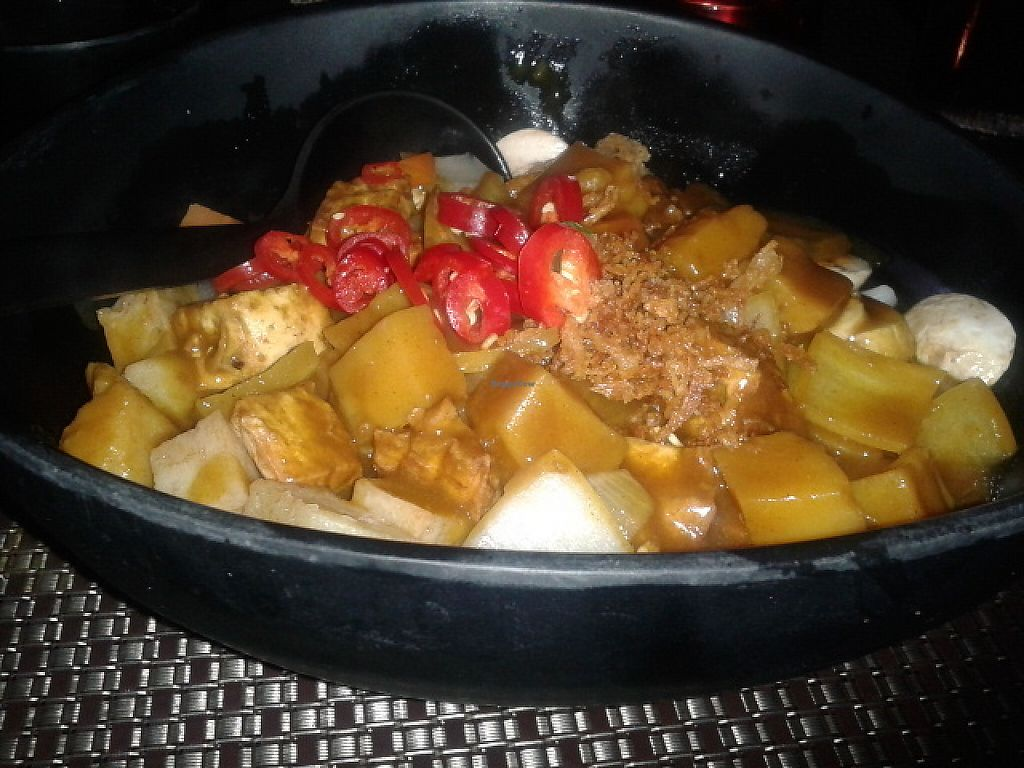 """Photo of Nippon Kitchen  by <a href=""""/members/profile/deadpledge"""">deadpledge</a> <br/>Vegetable curry with udon noodles <br/> June 1, 2017  - <a href='/contact/abuse/image/83103/264758'>Report</a>"""