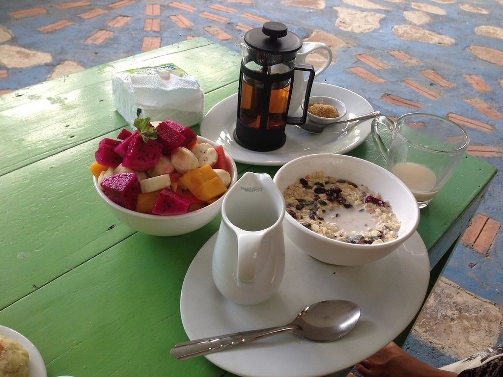 """Photo of Peace Food Cafe  by <a href=""""/members/profile/gretasanna"""">gretasanna</a> <br/>Chai Masala with Cashew milk // fruit salad // crunchy muesli with cashew milk <br/> December 2, 2016  - <a href='/contact/abuse/image/83116/196606'>Report</a>"""