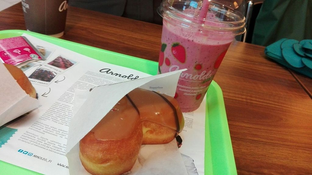 """Photo of Arnolds  by <a href=""""/members/profile/ronjaolivia"""">ronjaolivia</a> <br/>Some donuts <br/> July 15, 2017  - <a href='/contact/abuse/image/83174/280650'>Report</a>"""