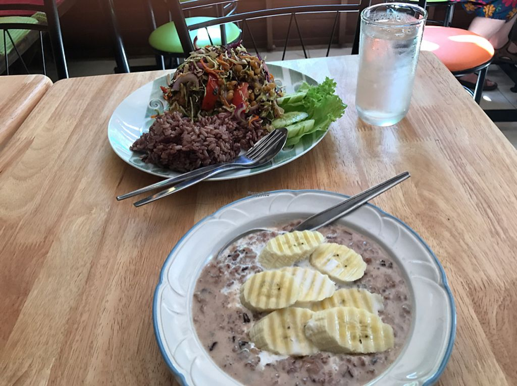 "Photo of Cat House Chiang Mai - Cat Shack  by <a href=""/members/profile/Wildwuchs"">Wildwuchs</a> <br/>Burmese green tea leaf salad + black rice porridge <br/> December 25, 2016  - <a href='/contact/abuse/image/83233/204587'>Report</a>"