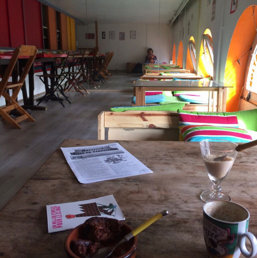 "Photo of Le Bar a Vrac  by <a href=""/members/profile/Plantpower"">Plantpower</a> <br/>very chilled cafe lounge with low tables and seats as well as regular ones  <br/> March 24, 2017  - <a href='/contact/abuse/image/83259/240210'>Report</a>"