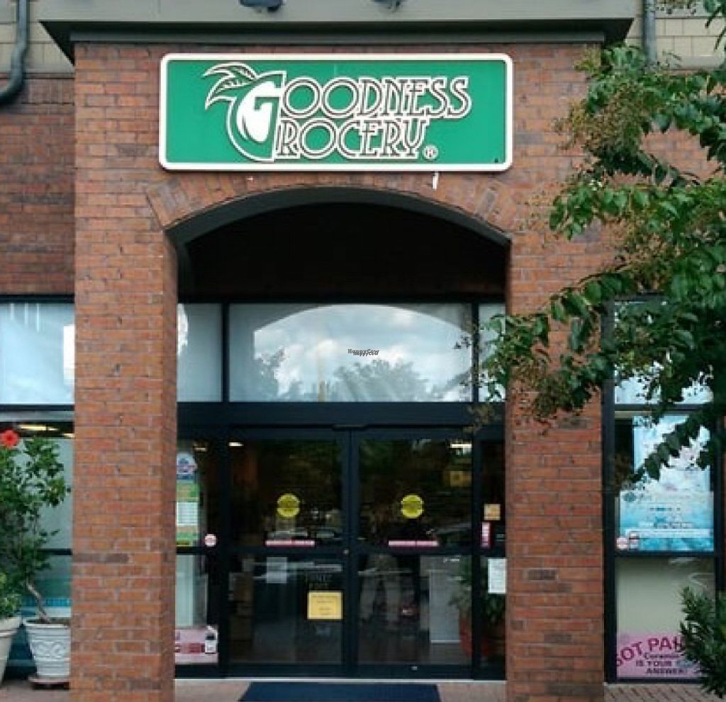 "Photo of Goodness Grocery  by <a href=""/members/profile/Claudette1620"">Claudette1620</a> <br/>store front <br/> November 30, 2016  - <a href='/contact/abuse/image/83289/196082'>Report</a>"