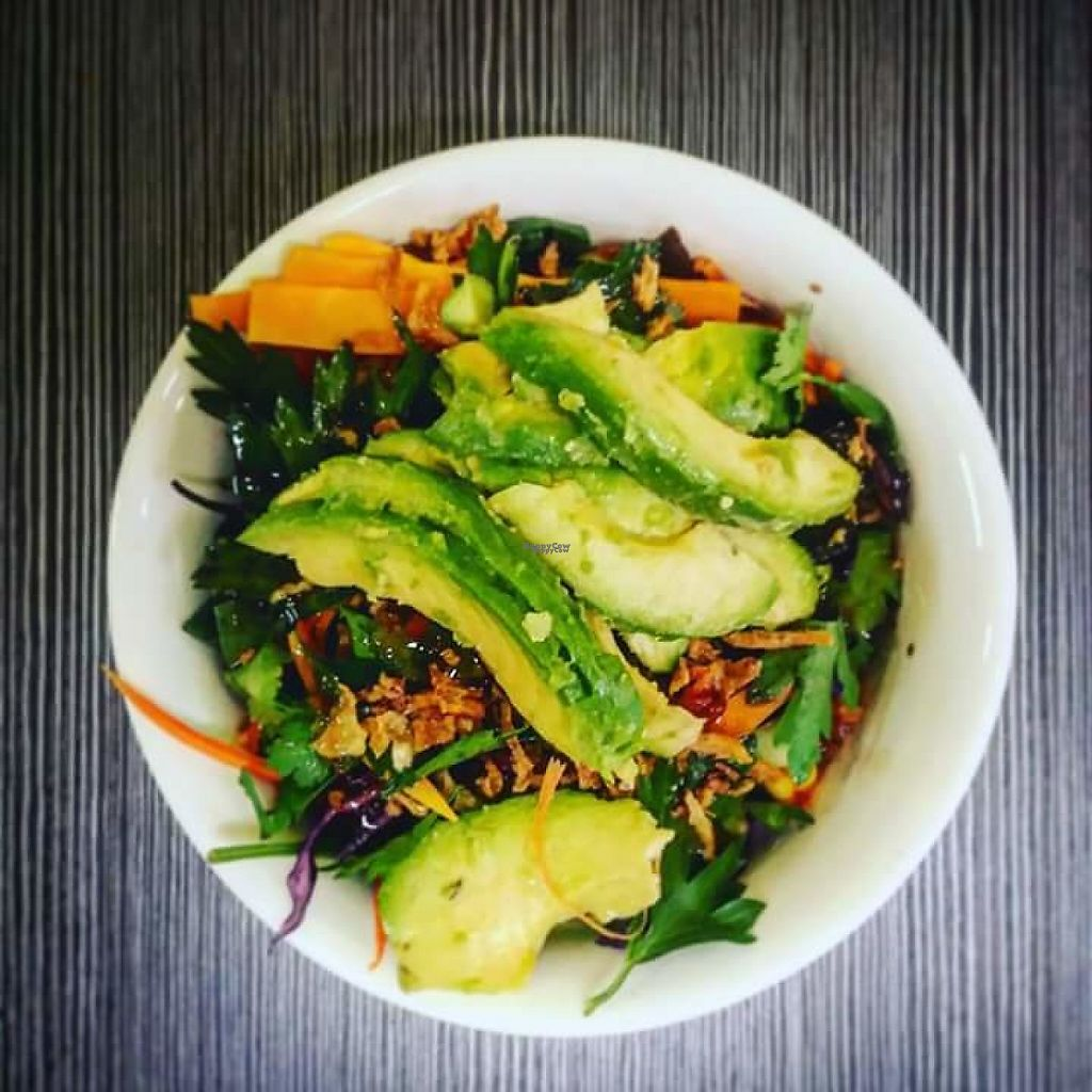 "Photo of Juicy and Tasty  by <a href=""/members/profile/Mam%27sBerkane"">Mam'sBerkane</a> <br/>Salad composed with extra avocado <br/> November 28, 2016  - <a href='/contact/abuse/image/83290/195484'>Report</a>"