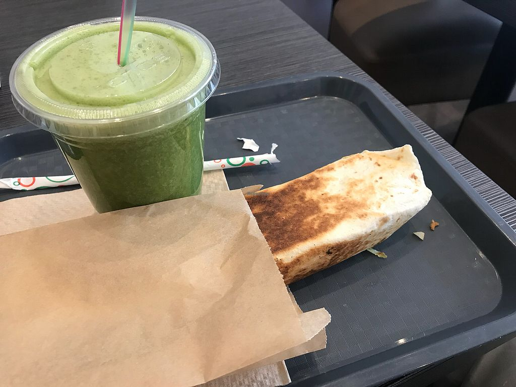 "Photo of Juicy and Tasty  by <a href=""/members/profile/Jasonleg"">Jasonleg</a> <br/>Green smoothie!!! Yummy!! <br/> November 12, 2017  - <a href='/contact/abuse/image/83290/324681'>Report</a>"