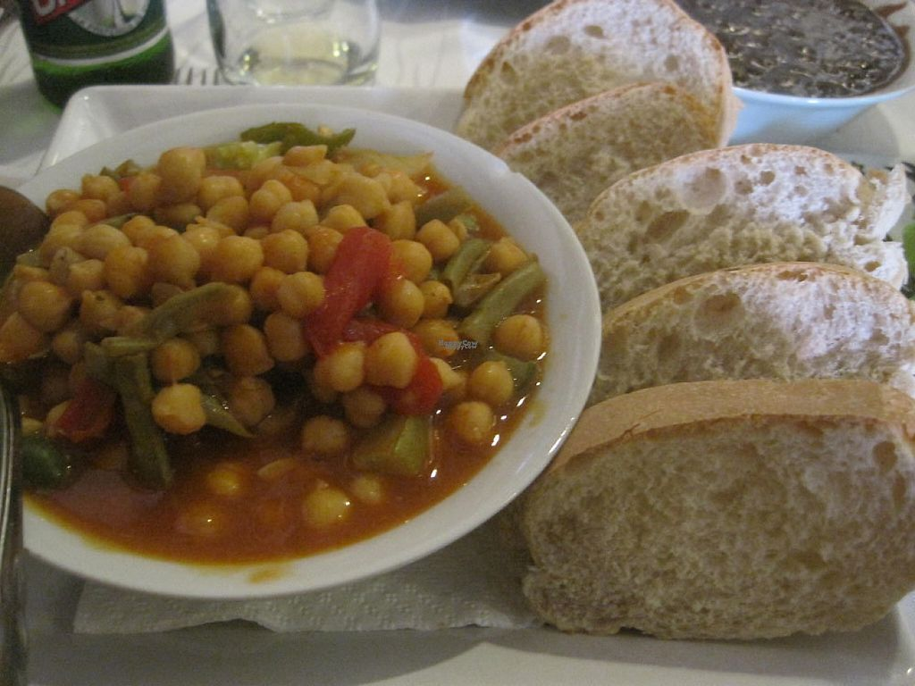 """Photo of Dona Eutimia  by <a href=""""/members/profile/Babette"""">Babette</a> <br/>Chickpeas (ropa vieja style) and bread <br/> December 1, 2016  - <a href='/contact/abuse/image/83302/196118'>Report</a>"""