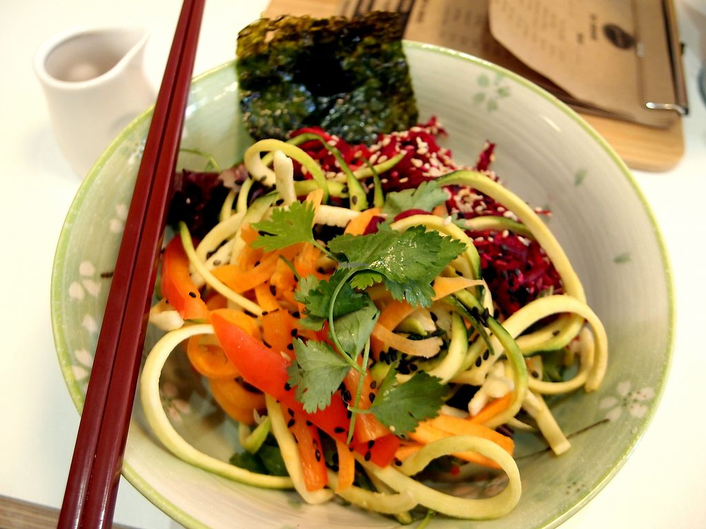 "Photo of Picnic  by <a href=""/members/profile/SofiaVegana"">SofiaVegana</a> <br/>Asian zoodles (courgette and carrot) with nori and miso dressing. Simple, healthy and tasty! <br/> August 29, 2017  - <a href='/contact/abuse/image/83322/298824'>Report</a>"