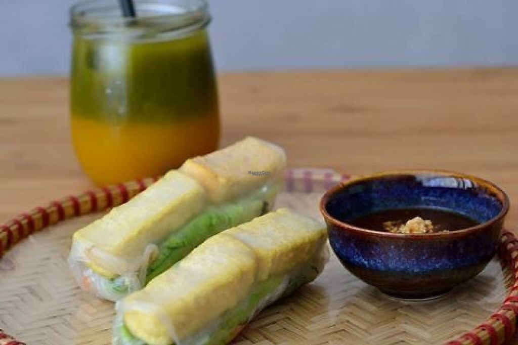 """Photo of An o Ban  by <a href=""""/members/profile/community"""">community</a> <br/>Summer rolls with tofu <br/> November 29, 2016  - <a href='/contact/abuse/image/83331/195843'>Report</a>"""