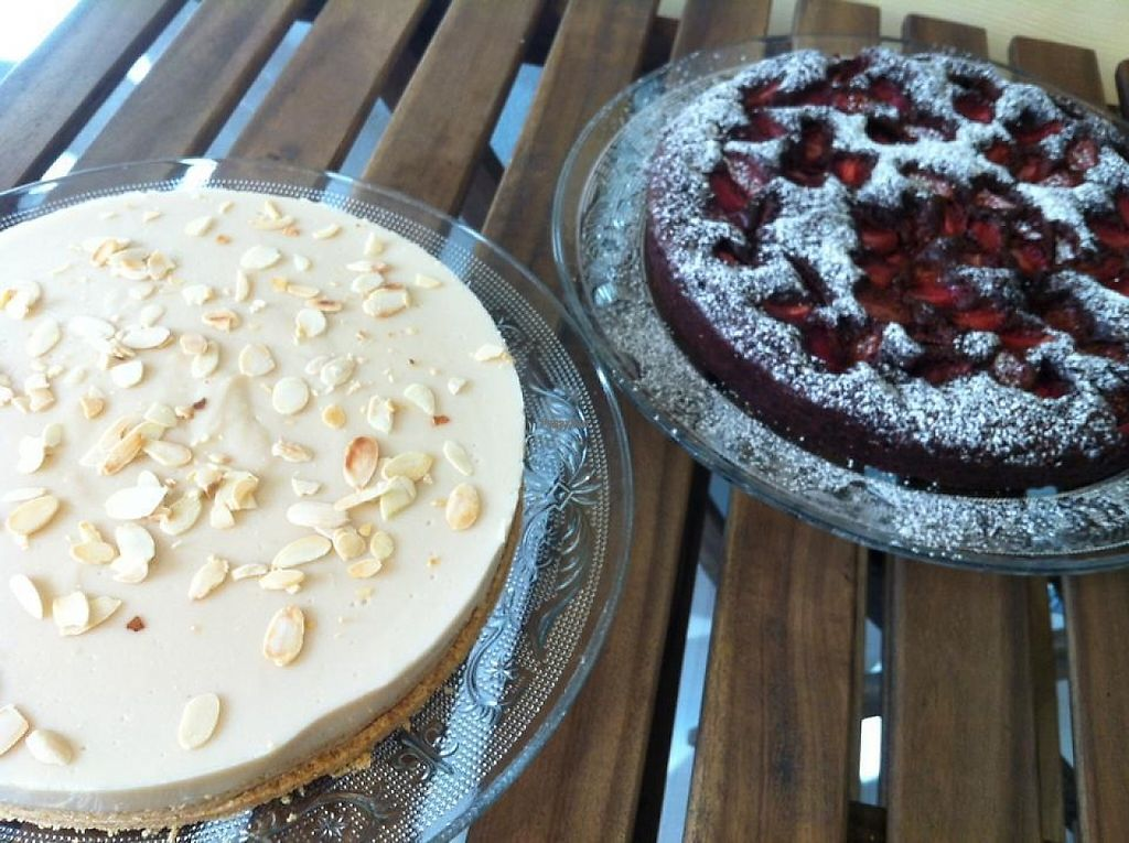 """Photo of Veg Eat  by <a href=""""/members/profile/community"""">community</a> <br/>vegan cakes  <br/> December 7, 2016  - <a href='/contact/abuse/image/83364/198008'>Report</a>"""