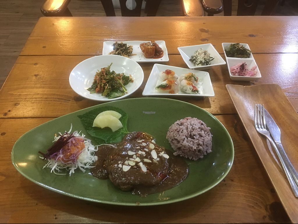 "Photo of Loving Hut  by <a href=""/members/profile/JonVeganTraveler"">JonVeganTraveler</a> <br/>Steak <br/> November 29, 2016  - <a href='/contact/abuse/image/83379/195835'>Report</a>"