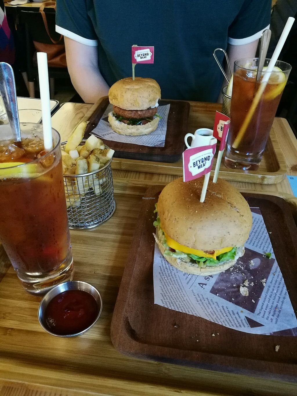 "Photo of Green Common - Tsim Sha Tsui  by <a href=""/members/profile/SarahHartland"">SarahHartland</a> <br/>Beyond burger <br/> March 6, 2018  - <a href='/contact/abuse/image/83392/367403'>Report</a>"
