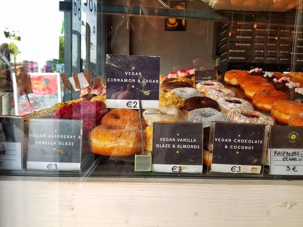 """Photo of The Rolling Donut - Dublin 1  by <a href=""""/members/profile/missdawn"""">missdawn</a> <br/>6 vegan options on the day I visited.  <br/> October 12, 2017  - <a href='/contact/abuse/image/83413/314678'>Report</a>"""