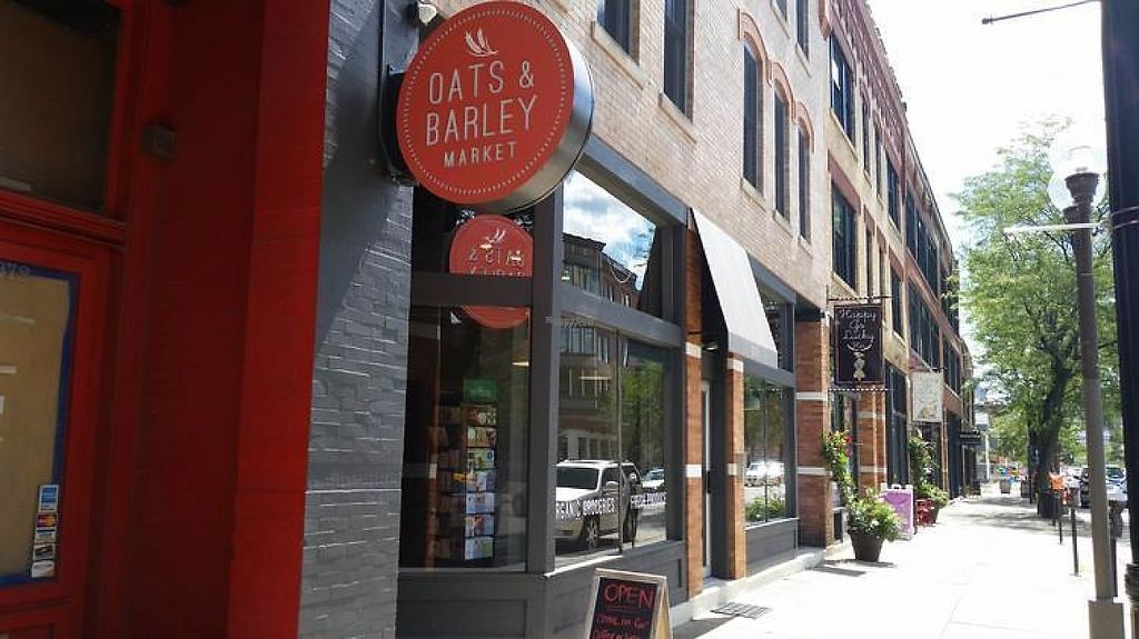 "Photo of Oats and Barley Market  by <a href=""/members/profile/CorissaMarie"">CorissaMarie</a> <br/>Located on High Street in the Short North <br/> November 29, 2016  - <a href='/contact/abuse/image/83422/195839'>Report</a>"