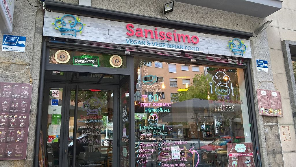 "Photo of Sanissimo - Principe Pio  by <a href=""/members/profile/AleVIruka"">AleVIruka</a> <br/>Sanissimo Vegetarian and Vegan Restaurant  <br/> September 12, 2017  - <a href='/contact/abuse/image/83474/303821'>Report</a>"