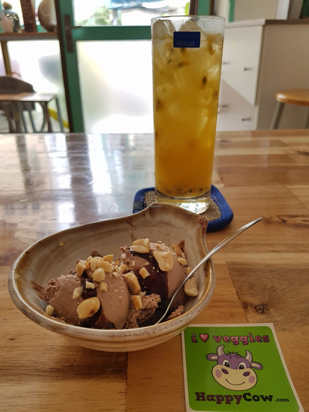 "Photo of Phuc Quang Chay  by <a href=""/members/profile/NatasjaBalm"">NatasjaBalm</a> <br/>Chocolate icecream with passion fruit juice  <br/> March 19, 2018  - <a href='/contact/abuse/image/83479/372765'>Report</a>"