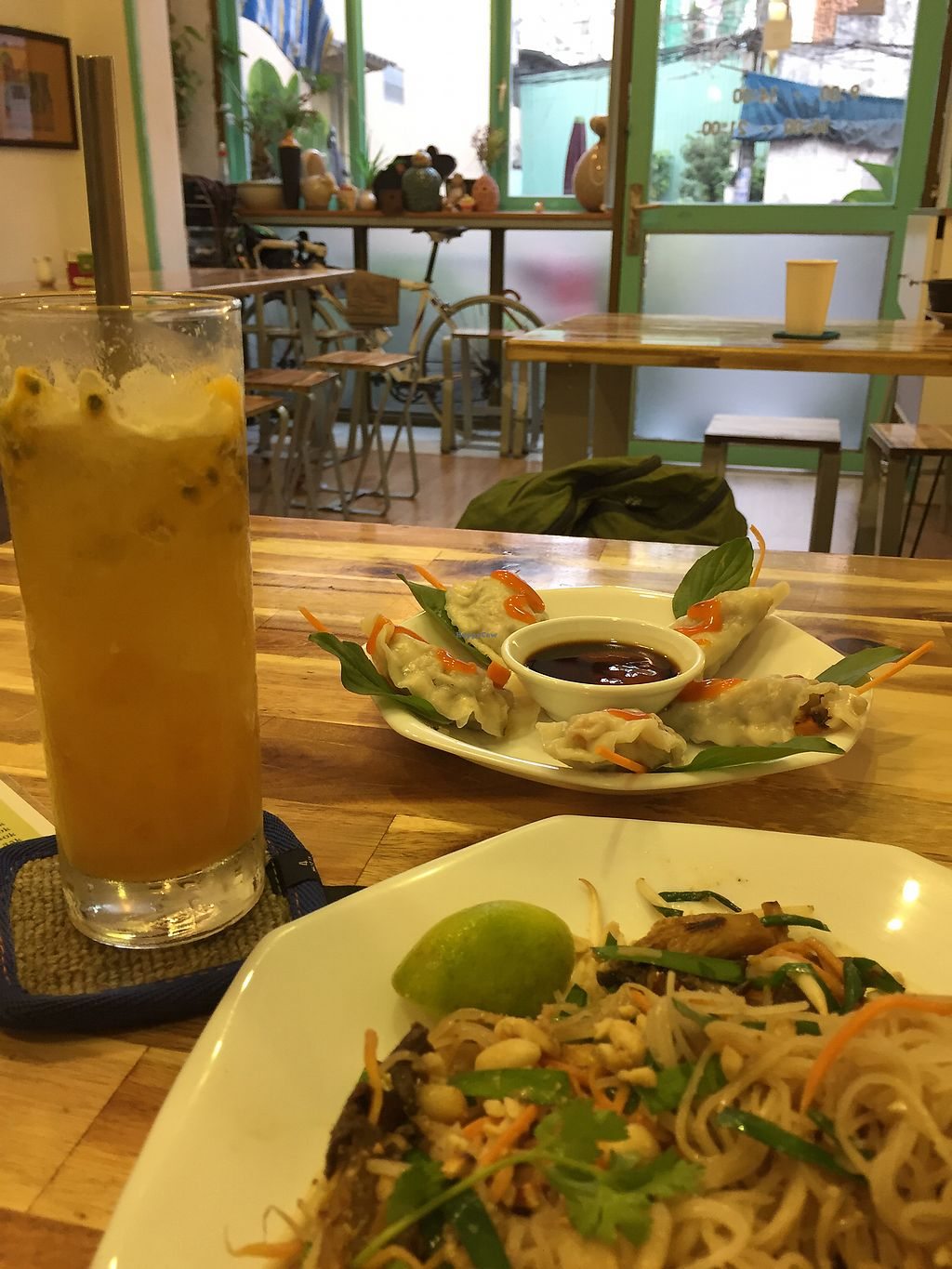 "Photo of Phuc Quang Chay  by <a href=""/members/profile/meislnicoline"">meislnicoline</a> <br/>Dumplings and pad Thai <br/> April 12, 2018  - <a href='/contact/abuse/image/83479/384292'>Report</a>"