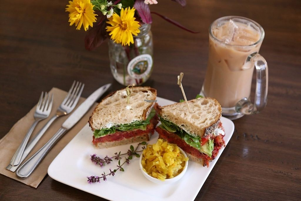 """Photo of Ceres Cafe  by <a href=""""/members/profile/lilycouch"""">lilycouch</a> <br/>Sunny beet burger, served warm on artisan bread. Iced chai, made with organic milk, almond milk or coconut milk.  <br/> December 9, 2016  - <a href='/contact/abuse/image/83526/198747'>Report</a>"""