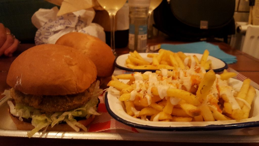 """Photo of The Full Nelson  by <a href=""""/members/profile/Vegfix"""">Vegfix</a> <br/>colnel burger  <br/> October 7, 2017  - <a href='/contact/abuse/image/83528/312822'>Report</a>"""