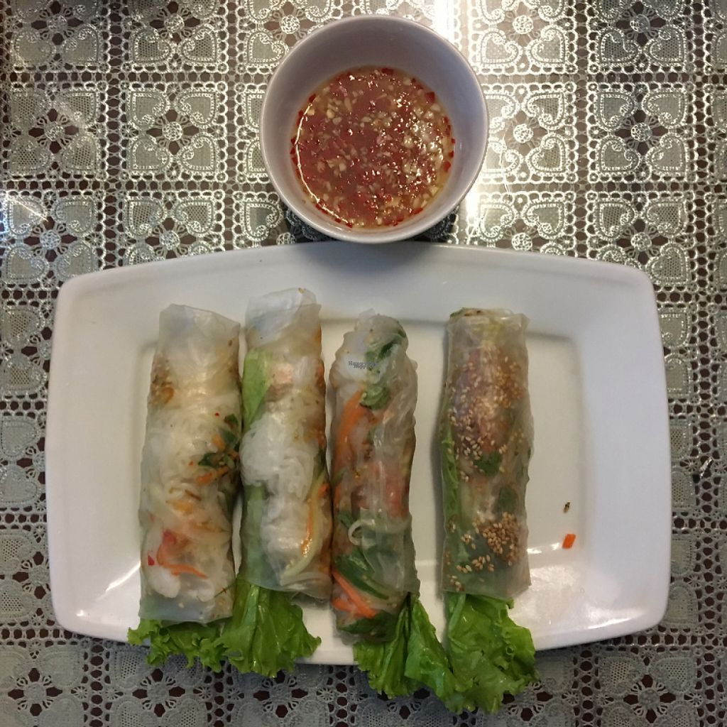 """Photo of Ho Lo Quan  by <a href=""""/members/profile/sudielasudes"""">sudielasudes</a> <br/> Fresh Vegan Spring Rolls with Vegan Sauce <br/> April 24, 2017  - <a href='/contact/abuse/image/83543/251983'>Report</a>"""