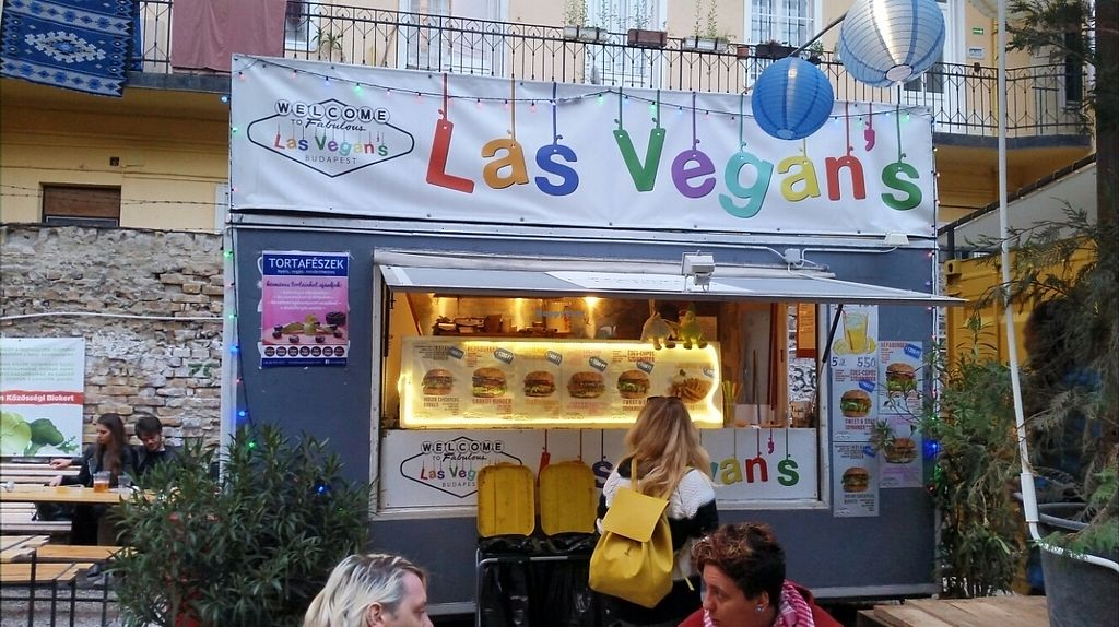 """Photo of Las Vegan's - Food Trailer  by <a href=""""/members/profile/shizow"""">shizow</a> <br/>Food Truck <br/> May 1, 2017  - <a href='/contact/abuse/image/83552/254617'>Report</a>"""