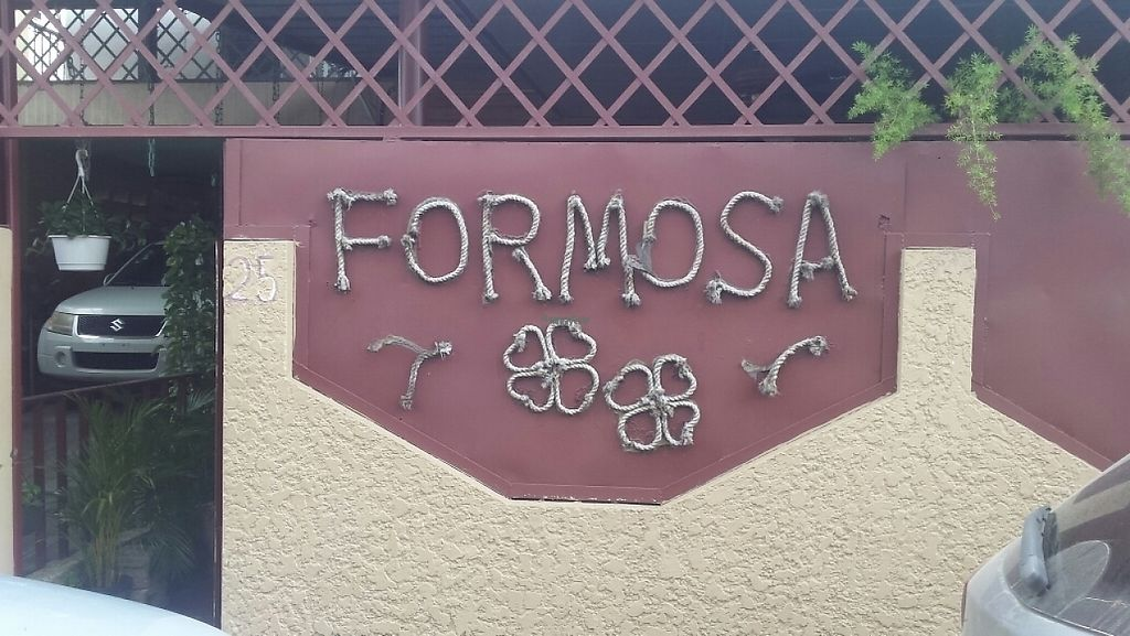 "Photo of Formosa  by <a href=""/members/profile/VeganaDominicana"">VeganaDominicana</a> <br/>Entrance <br/> December 6, 2016  - <a href='/contact/abuse/image/83556/197777'>Report</a>"