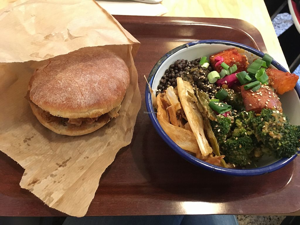 "Photo of So Nat  by <a href=""/members/profile/MarieStgt"">MarieStgt</a> <br/>Pita and small vegan bowl <br/> January 23, 2018  - <a href='/contact/abuse/image/83635/350121'>Report</a>"