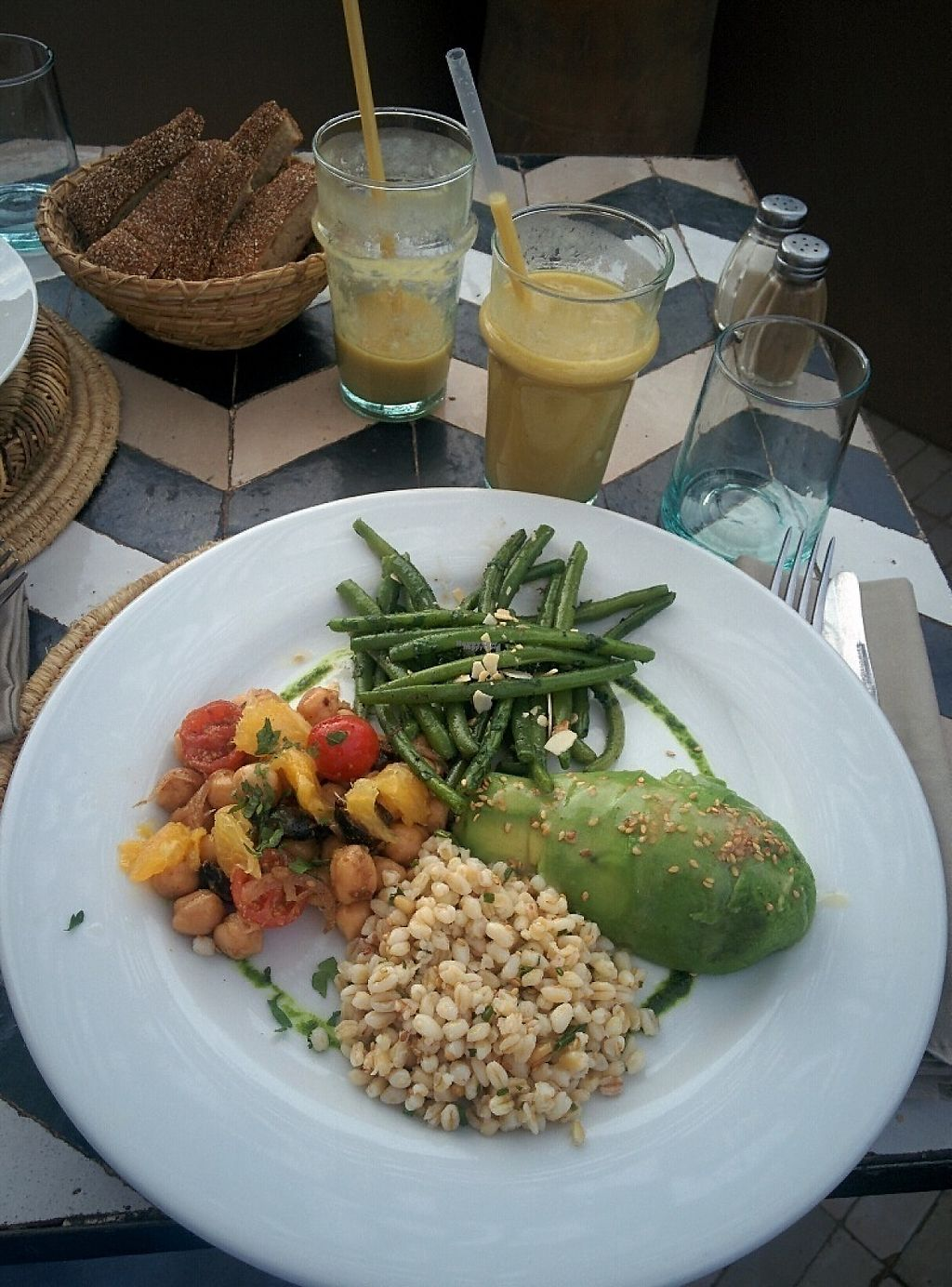 """Photo of NOMAD  by <a href=""""/members/profile/EarthlingAndrea"""">EarthlingAndrea</a> <br/>This meal was vegetarian but I changed the cheese cream for a piece of avocado.  And green smoothie of course! <br/> December 10, 2016  - <a href='/contact/abuse/image/83652/198879'>Report</a>"""