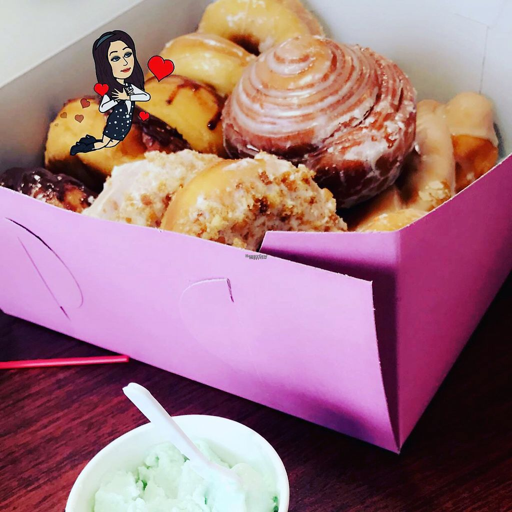 """Photo of CLOSED: Vegan Donut Gelato  by <a href=""""/members/profile/Mc102036"""">Mc102036</a> <br/>donut heaven  <br/> December 11, 2016  - <a href='/contact/abuse/image/83693/199214'>Report</a>"""