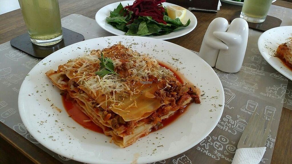 """Photo of Arvoleda  by <a href=""""/members/profile/thebestaround"""">thebestaround</a> <br/>Lasagña - Daily Menu <br/> January 28, 2017  - <a href='/contact/abuse/image/83703/218206'>Report</a>"""