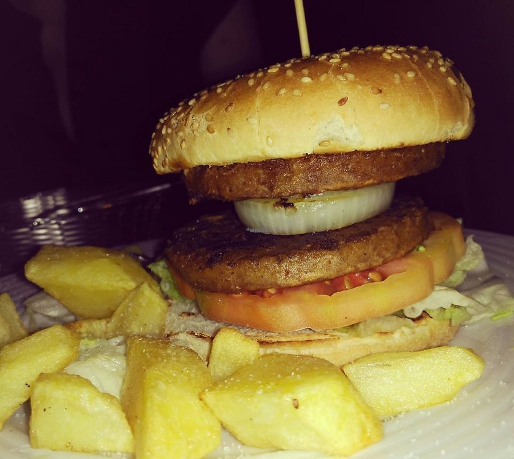 """Photo of Cerveceria Cañon  by <a href=""""/members/profile/community"""">community</a> <br/>Vegan Burger <br/> December 8, 2016  - <a href='/contact/abuse/image/83727/198341'>Report</a>"""